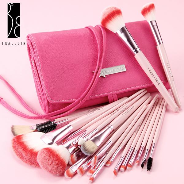 fr ulein 38 24 rosa pinsel brush make up set mit kosmetik. Black Bedroom Furniture Sets. Home Design Ideas